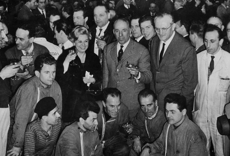 1961: Alfa Romeo celebró la producción de 100,001 Giulietta