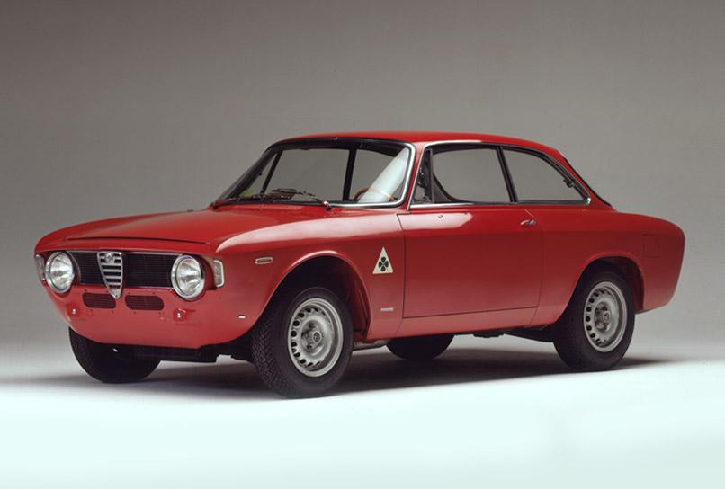 Alfa Romeo GTA, el auto de carreras para la categoría Turismo, 1965