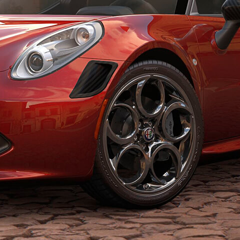 2018 Alfa Romeo 4C Coupe Headlamps and Side Vents